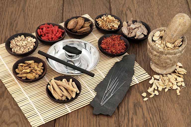Thuốc Đông y là một liệu pháp rất tốt để chữa bệnh trĩ