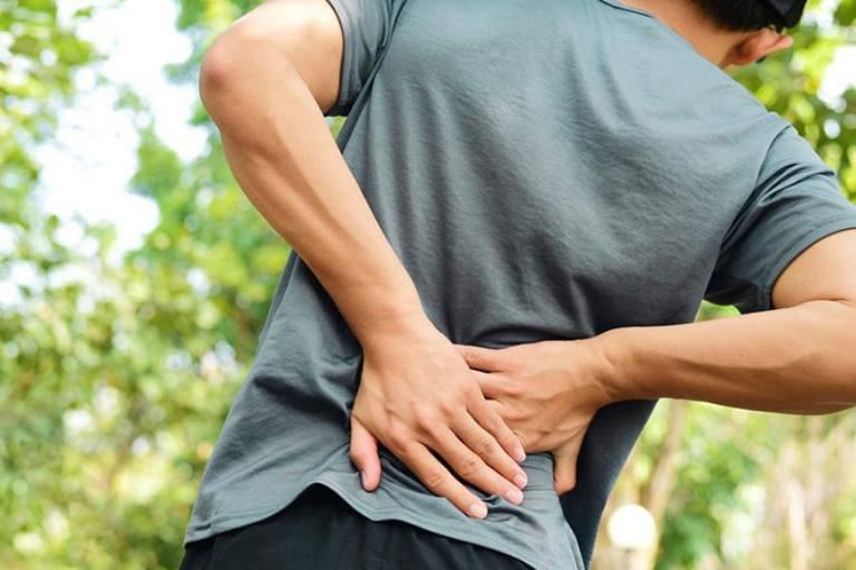 Bệnh đau lưng có nguy hiểm không