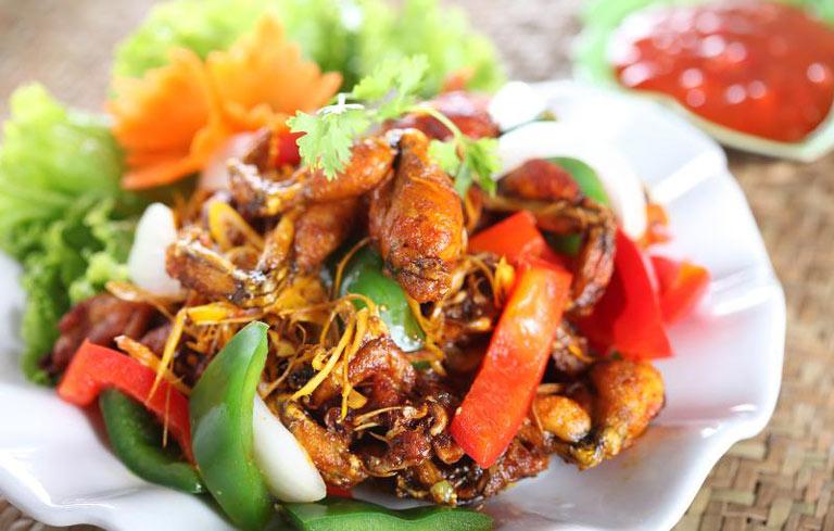 Tránh ăn đồ cay nóng khi bị bệnh huyết trắng
