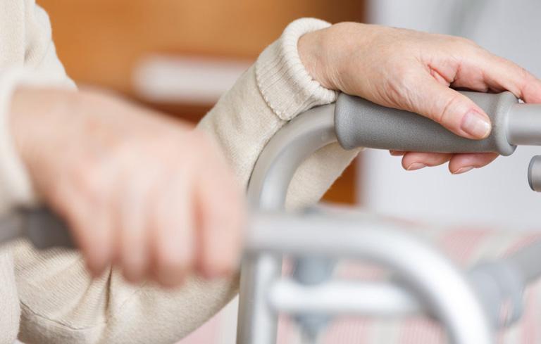 Bệnh tai biến não có chữa được không còn phụ thuộc vào mức độ tổn thương não và quá trình chăm sóc điều trị