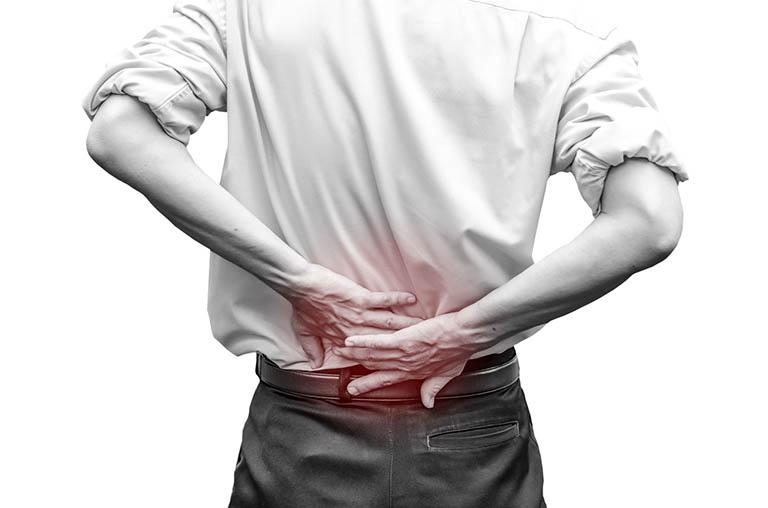 Bị đau cột sống lưng dưới là bệnh gì? Làm sao khỏi?