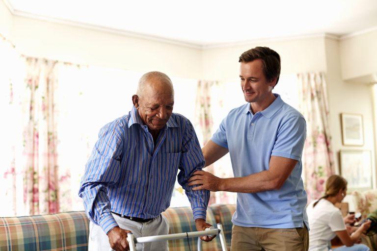 Cách chăm sóc bệnh nhân thoái hóa cột sống thắt lưng