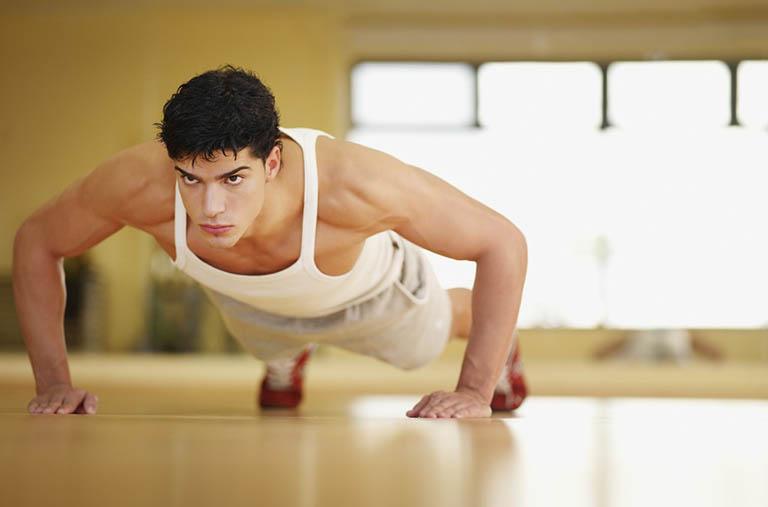 Nâng tạ và tập thể dục