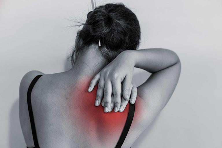 Chữa đau vai gáy bằng diện chẩn - Ưu nhược điểm cần biết