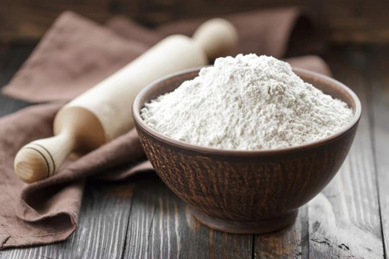 Chữa nám hiệu quả tại nhà với bột gạo