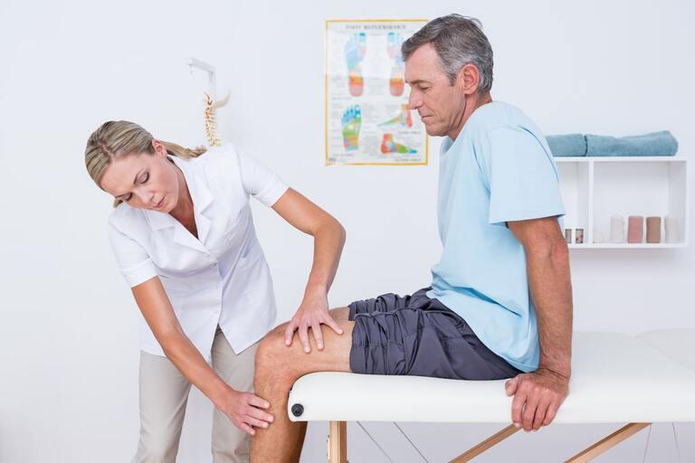 Bị đau nhức ở các khớp xương là bệnh gì