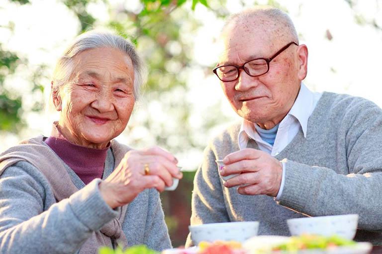 Biện pháp phòng ngừa đau nhức xương khớp ở người già