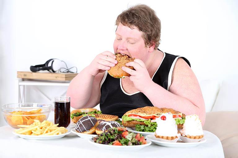Chế độ dinh dưỡng không phù hợp