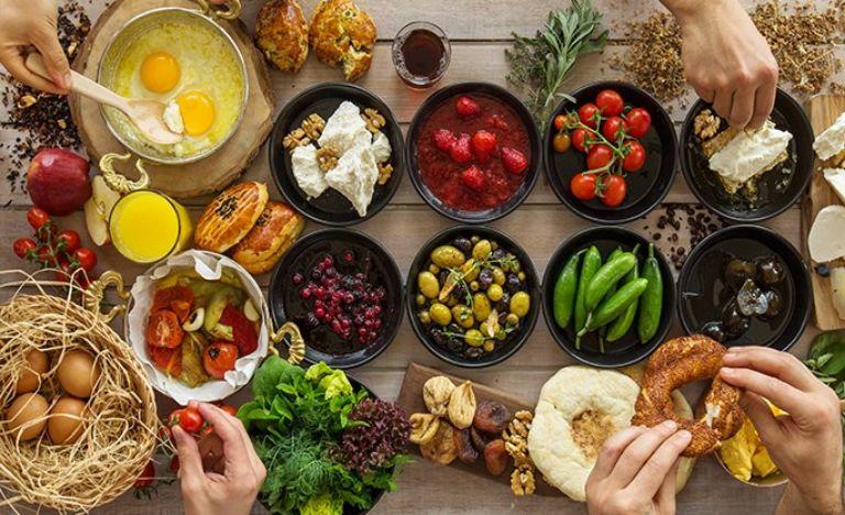 Để điều trị hiệu quả và ngăn ngừa bệnh cần có chế độ ăn uống khoa học