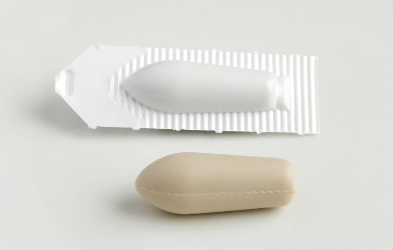 Trên thị trường có nhiều loại thuốc đặt chữa bệnh huyết trắng