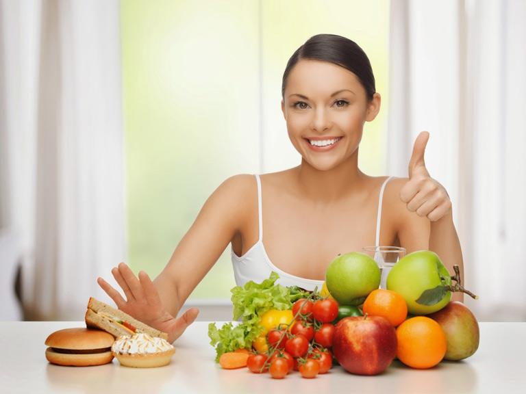 Kết hợp chế độ ăn uống, sinh hoạt khoa học để trị nám da hiệu quả