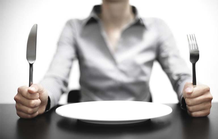 Không uống sữa đậu nành khi bụng đói vì sẽ làm ảnh hưởng tới dạ dày