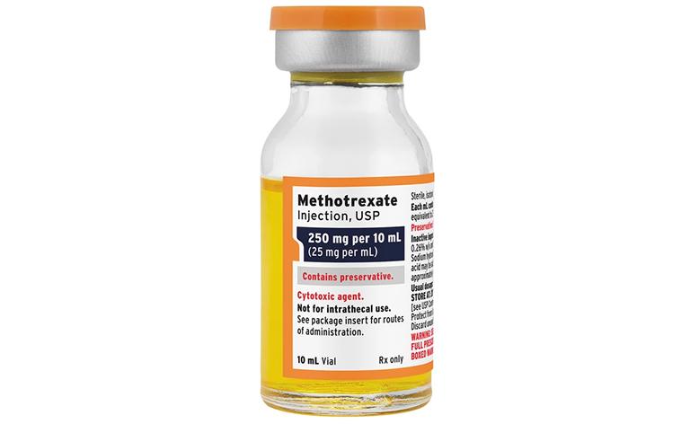 Thuốc Methotrexate là thuốc thuộc nhóm thuốc chống ung thư và tác động bào vào hệ miễn dịch
