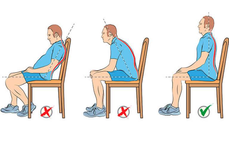 Tư thế ngồi đúng không chỉ giảm đau cánh tay và bả vai phải mà còn phòng được tình trạng này.