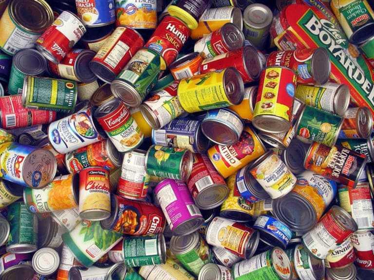 Đồ ăn chế biến sẵn chứa nhiều thành phần không tốt cho sức khỏe. Ngoài ra, nó còn khá nghèo dinh dưỡng.