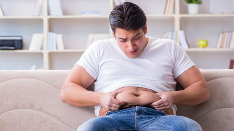Béo phì và teo cơ là một trong những biểu hiện thường thấy của tình trạng xuống dốc về sức khỏe nam giới ở độ tuổi trung niên.