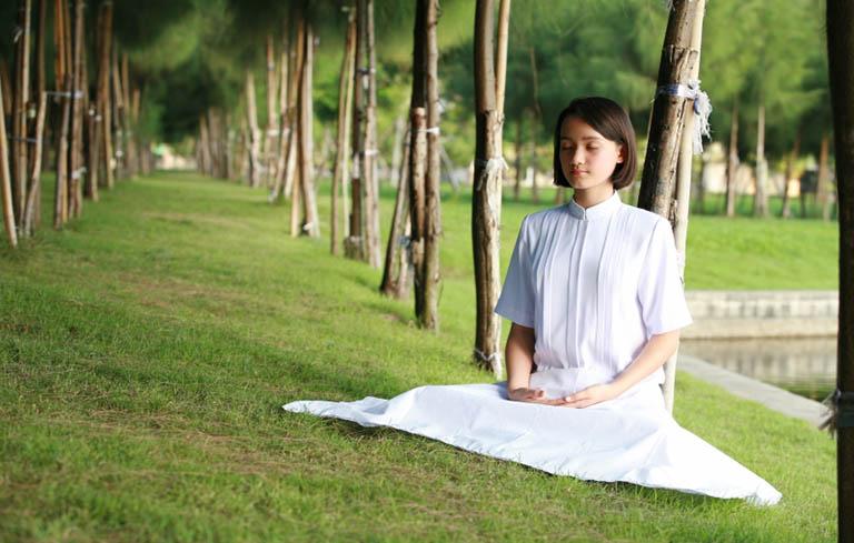 Yoga, thiền là những hoạt động giúp người bệnh suy nhược thần kinh thư giãn