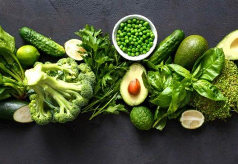 Vitamin K giúp cơ thể hấp thụ tối đa lượng canxi từ thức ăn.