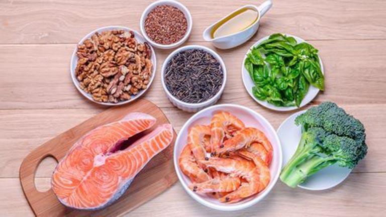 Các loại thực phẩm nên tăng cường bổ sung vào chế độ ăn uống giúp bổ sung dưỡng chất cho xương khớp