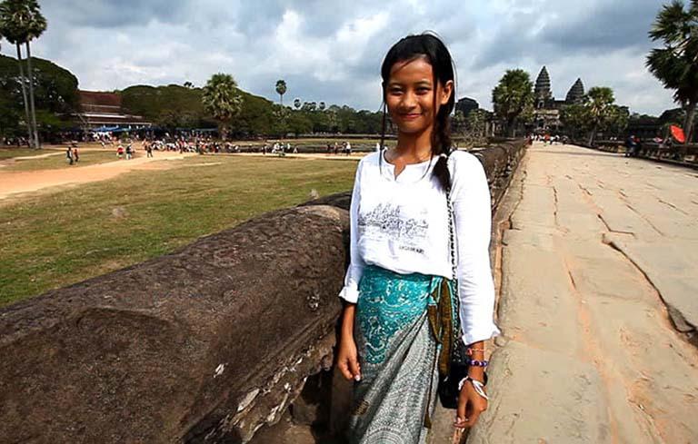 Trần Thu Hương (23 tuổi), cô gái bị viêm mũi dị ứng do phấn hoa