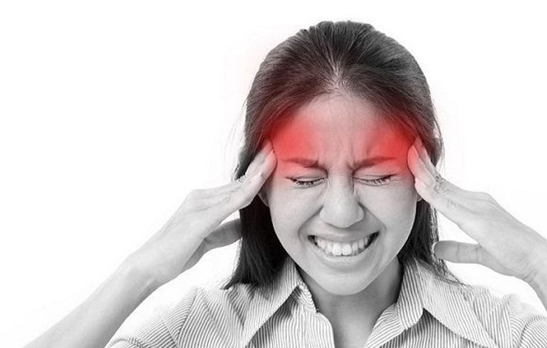 Người bị tai biến có thể bị đau đầu dữ dội
