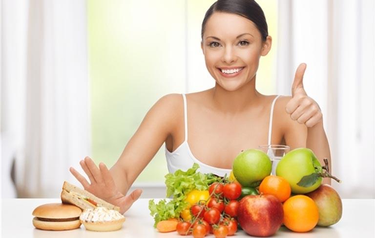 Cách chữa viêm đại tràng tại nhà thông qua chế độ ăn uống hợp lý