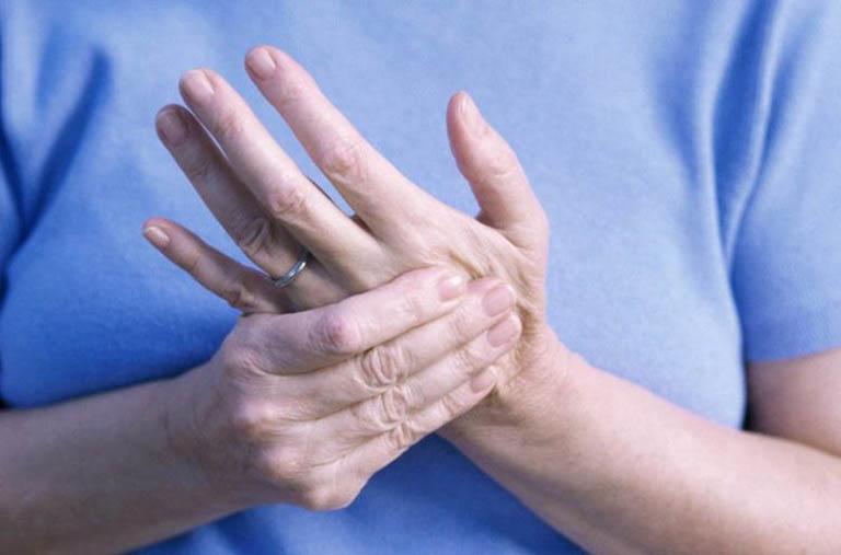 Viêm khớp dạng thấp huyết thanh dương tính và những điều cần biết