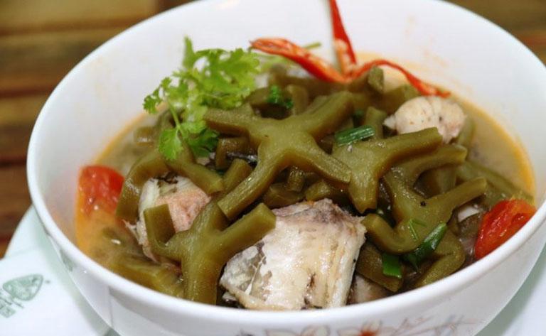 Xương rồng nấu cá lóc là món ăn có tác dụng hỗ trợ cải thiện tình trạng thoái hóa đốt sống cổ rất tốt