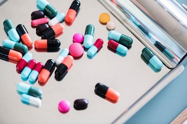 Áp-xe phổi có thể điều trị bằng thuốc