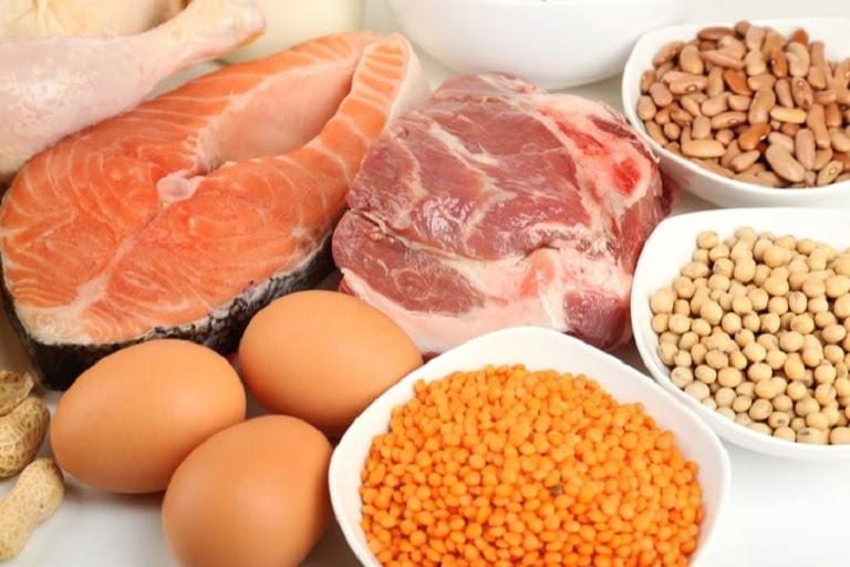 Thực phẩm giàu protein rất quan trọng với người bị tóc bạc sớm