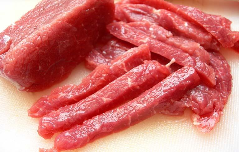 Người bệnh nên kiêng ăn thịt đỏ