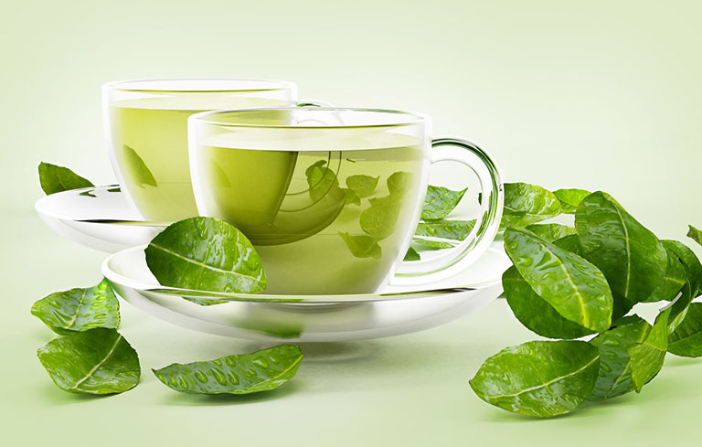 Uống nước trà xanh giúp chống viêm nhiễm ngoài da