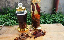 Rượu ngọc cẩu dạng khô được dùng phổ biến hơn dạng tươi.