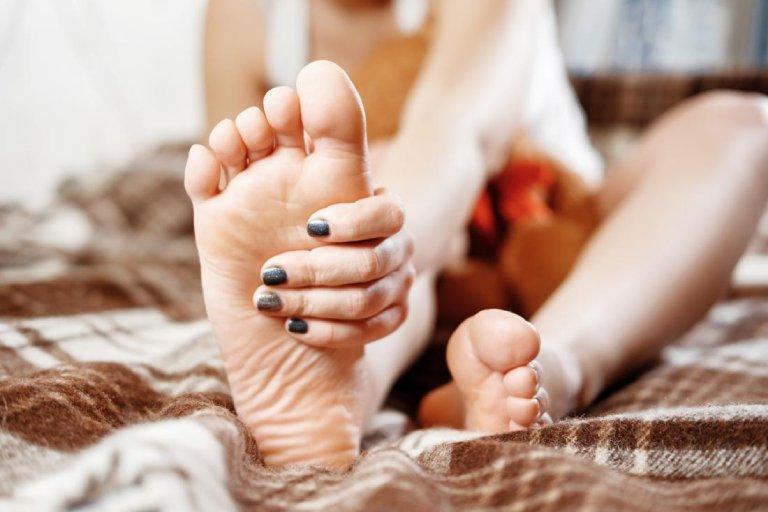 cách trị tê tay chân tại nhà