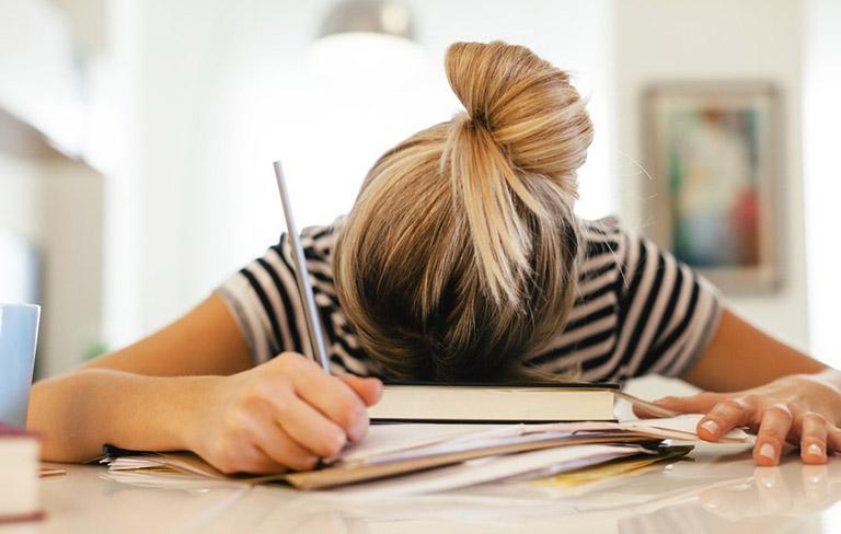 Căng thẳng, stress là yếu tố gia tăng nguy cơ mắc bệnh viêm khớp vảy nến