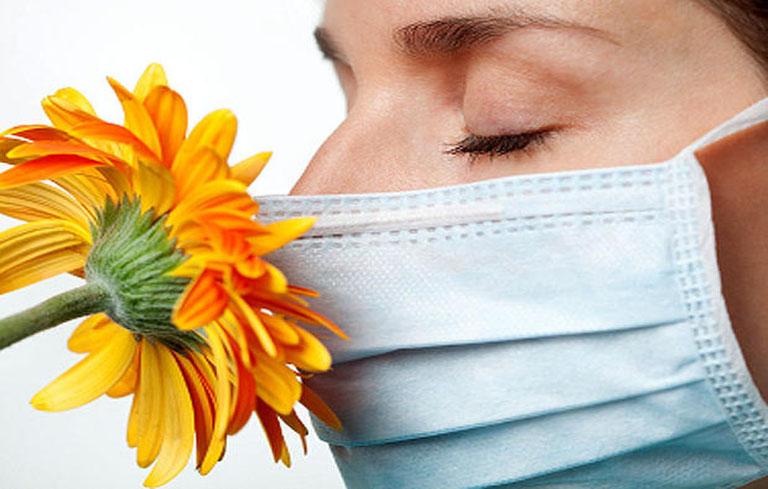 Bảo vệ cơ thể khi chuyển mùa là cách phòng ngừa và điều trị viêm mũi dị ứng thời tiết