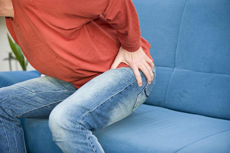 Đau khớp háng khiến khả năng vận động của người bệnh bị hạn chế