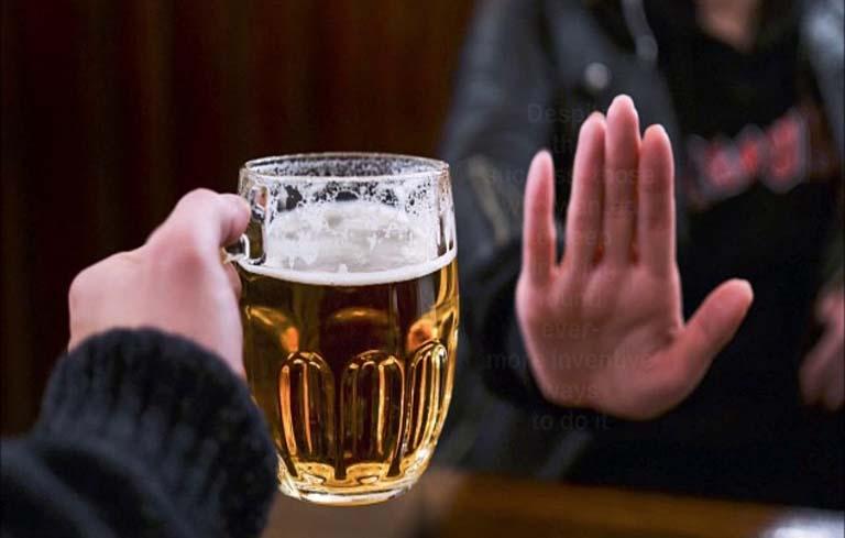 Không uống rượu bia để phòng bệnh hiệu quả