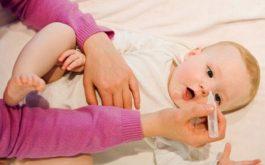 Cách chữa sổ mũi dân gian cho trẻ em