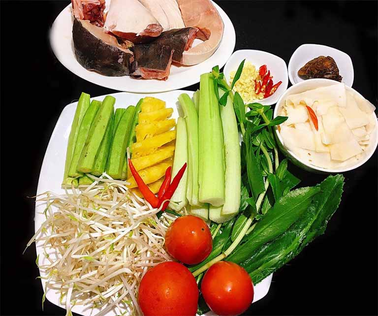 Món ăn hỗ trợ điều trị bệnh viêm khớp từ rau ngổ - Món canh chua cá