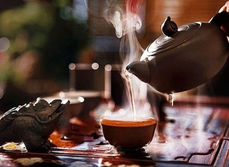 Nấu nước lá cây vằng uống giúp phụ nữ sau sinh phòng được tình trạng viêm nhiễm và một số bệnh sản hậu.