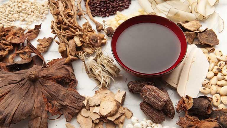 Thuốc Đông y trị tóc bạc sớm an toàn, hiệu quả, không gây tác dụng phụ