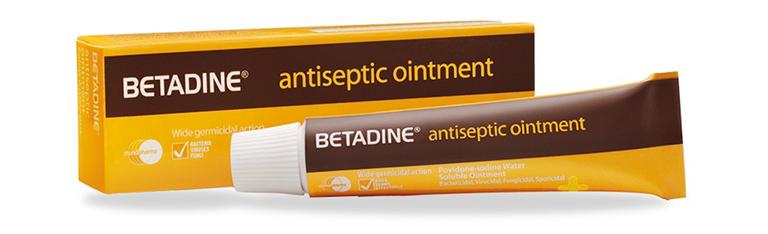 Thuốc mỡ bôi ngoài da Betadine Ointment chuyên điều trị viêm lỗ chân lông ở vùng kín