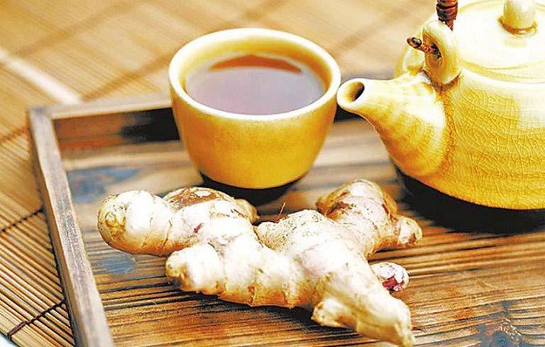 Uống trà gừng giúp giảm đau bụng kinh hiệu quả