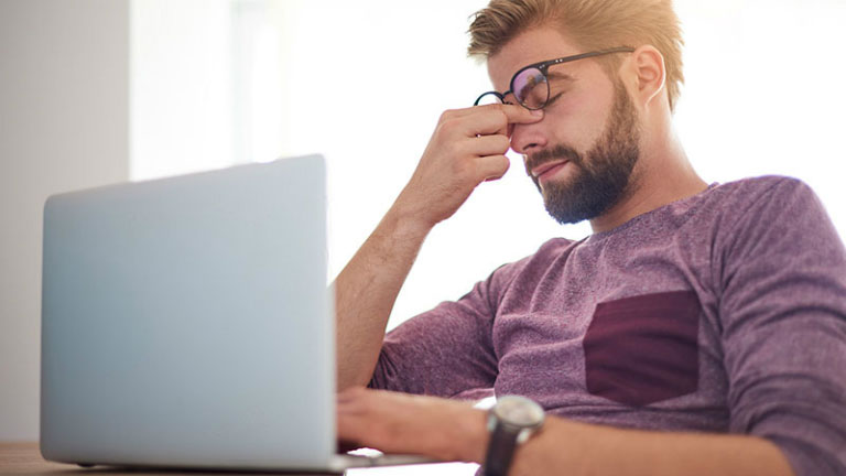 Căng thẳng, lô âu có thể gây bệnh vẩy nến
