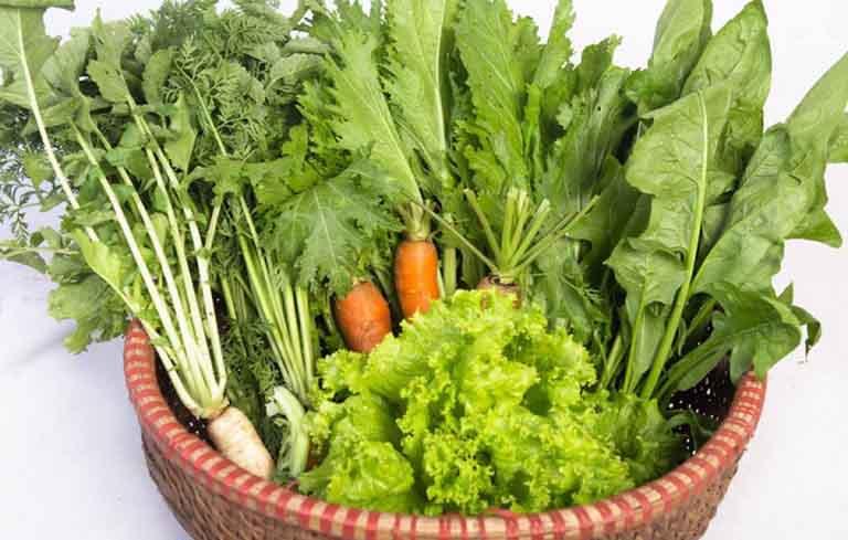 Viêm da tiết bã nên ăn nhiều rau xanh