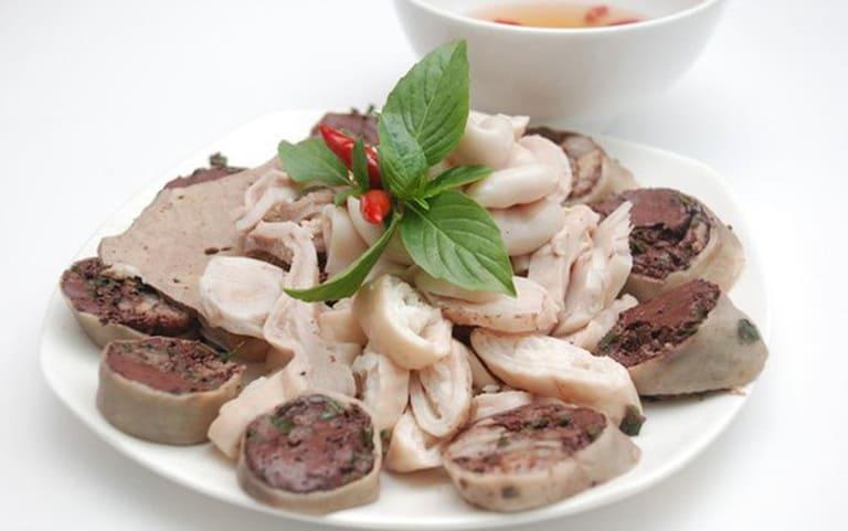 Ở Việt Nam, nội tạng động vật là món ăn khoái khẩu của nhiều người. Tuy nhiên, nếu đang bị viêm khớp phản ứng thì bạn cần kiêng món này nếu không muốn bệnh tình trầm trọng hơn.