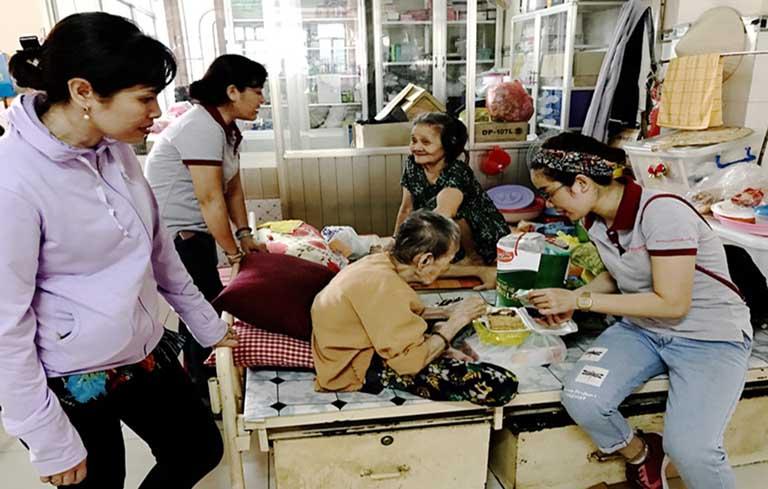 Cuộc sống ở Viện dưỡng lão cho người nghèo chùa Quang Lâm