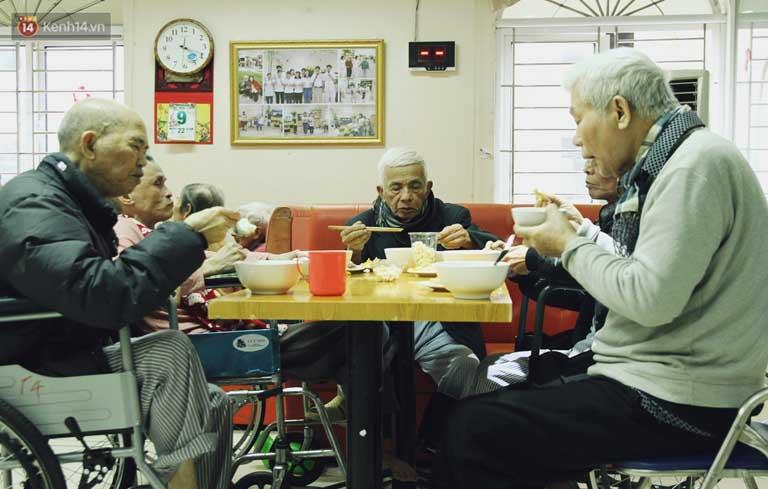 Nơi chăm sóc sức khỏe cho người lớn tuổi