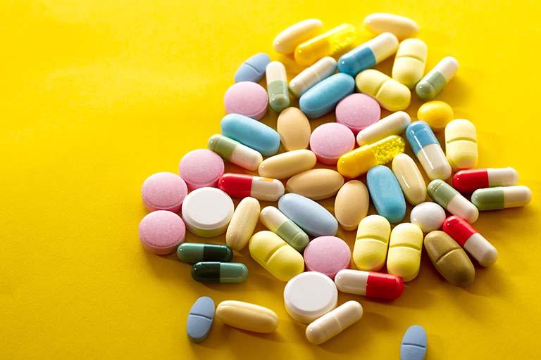 Sử dụng thuốc kháng sinh kê đơn